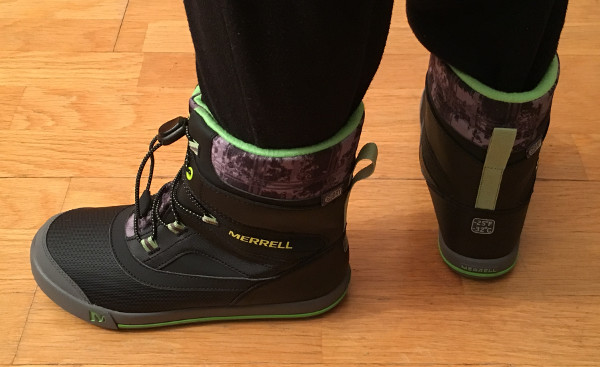 back-view-merrell-snowbank-boots-green-reflex-line-fro-dark-winters